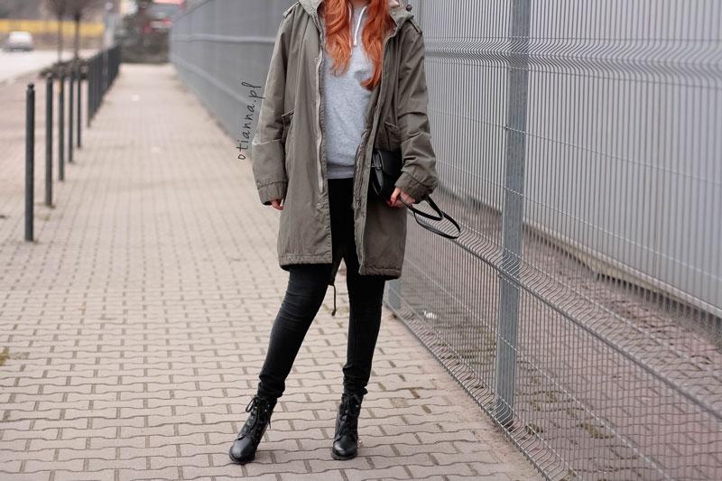 look-stylizacja-otianna-berezowska-anna-khaki-ruda-parka-hm-bluza-otien-kaptur-2
