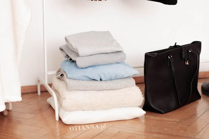 post-pokoj-otianna-minimaliz-biel-ubrania-2