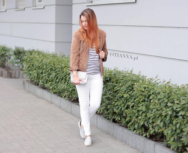 800x-9-otianna-kurtka-suede-zamsz-torebka-szara-paski-biale-spodnie-slip-on-grey