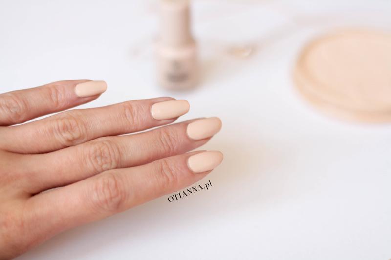 golden-rose-93-wow-nail-color-6ml-lakier-do-paznokci-nude-otianna-5