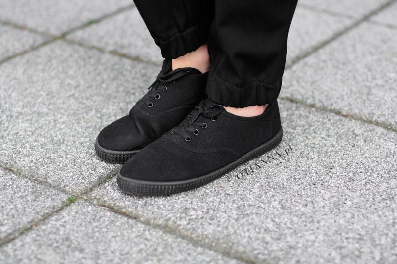 800x-2-otianna-total-black-blog-modowy-stylizacja-czarna-wlosy-rude-dlugie-long-hair-total-lookbook-streetlook-h
