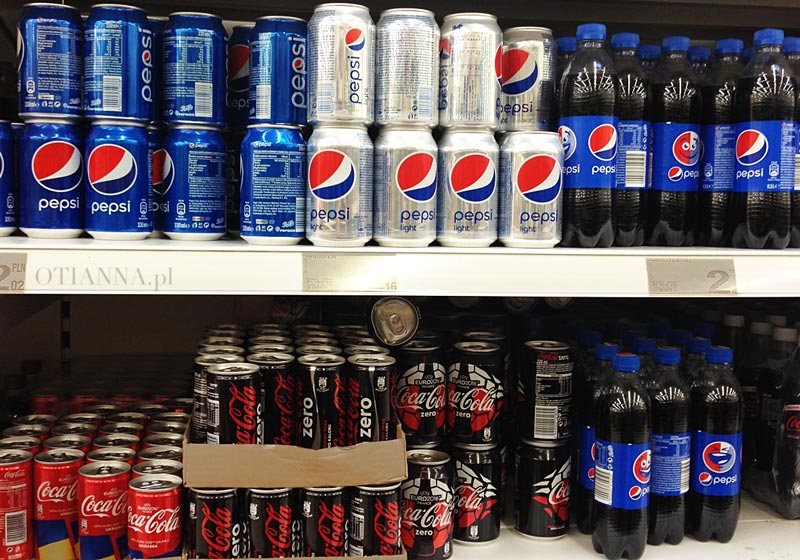 coca-cola-zero-butelka-aspartam-zawiera-produkty-2