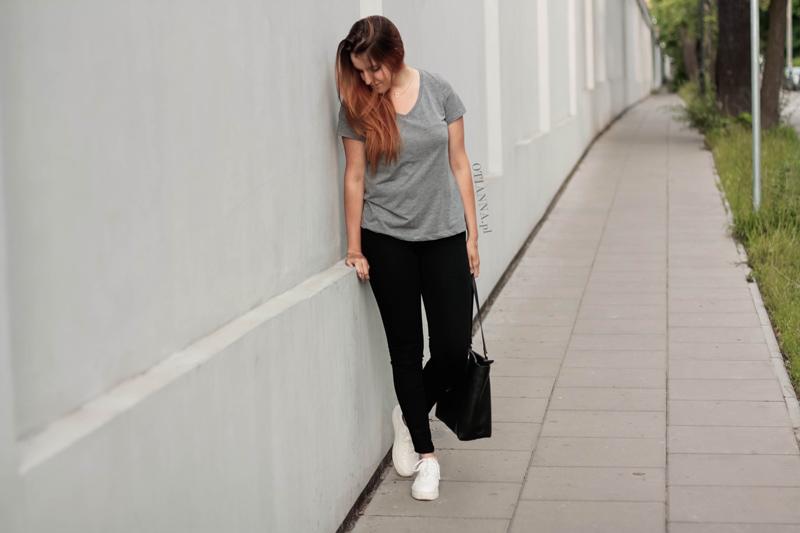 800-3-lookbook-codzienna-stylizacja-na-co-dzien-biale-buty-hm-adidasy-trampki-sneakersy-ala-nike-otianna-2