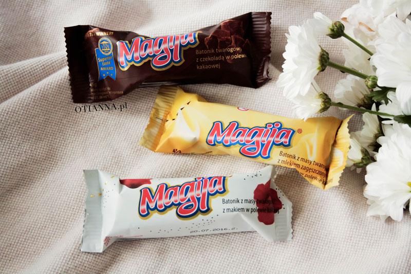 800-magija-batonik-bialy-baton-masy-twarogowej-masa-makiem-polewa-czekoladowa