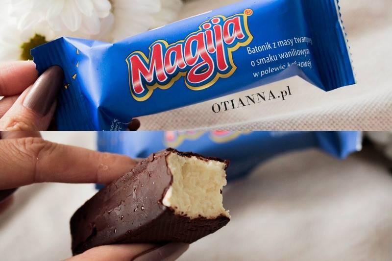 magija-batonik-niebieski-baton-masy-twarogowej-masa-waniliowy-polewa-czekoladowa