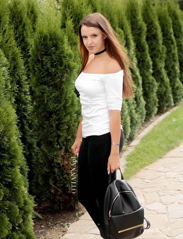 600-0-otianna-chocker-off-shoulder-odkryte-ramiona-stylizacja-blog-soczewki-wlosy-berezowska-anna