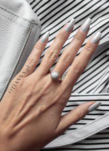 600-paznokcie-blog-dor-otianna-nail-silver-grey-srebrne-naturalne