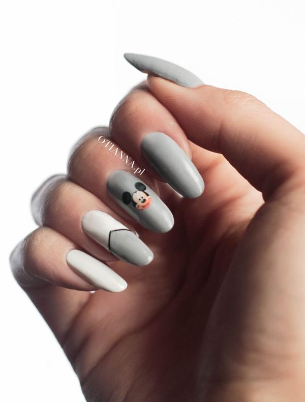 600-zdobienie-paznokci-myszka-miki-szare-nails-otianna