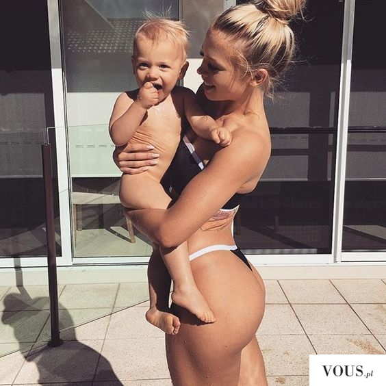 tammy-hembrowhappy-14797188684n8kg