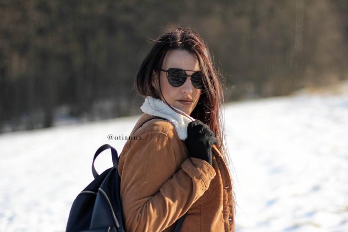 700-10-zima-stylizacja-moda-fashion-otianna-carmel-jacket-camel-winter-berezowska