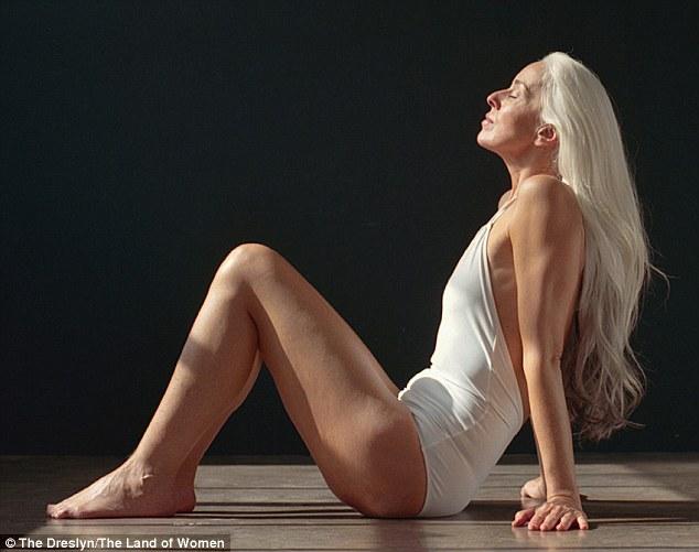 Yazemeenah Rossi-modelka-autorytet-otianna-06