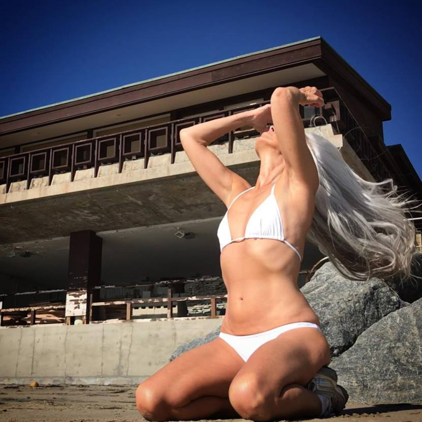 Yazemeenah Rossi-modelka-autorytet-otianna-body-cialo5