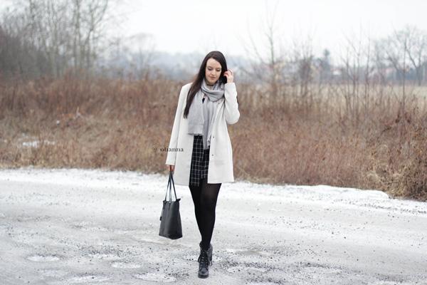 600-10-otianna-berezowska-anna-plaszcz-bez-beige-bonprix-spodnica-kratka-style-fashion