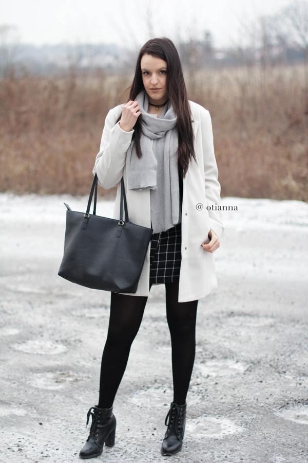 600-2-otianna-berezowska-anna-plaszcz-bez-beige-bonprix-spodnica-kratka-style-fashion