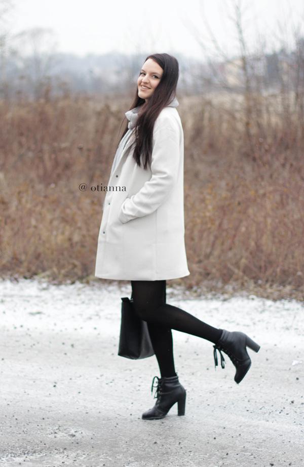 600-4-otianna-berezowska-anna-plaszcz-bez-beige-bonprix-spodnica-kratka-style-fashion