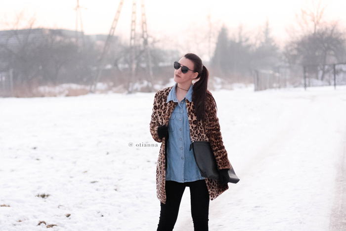 700-4-otianna-jeans-panterka-futerko-fur-futro-lampart-panther-denim-winter-style-outfit