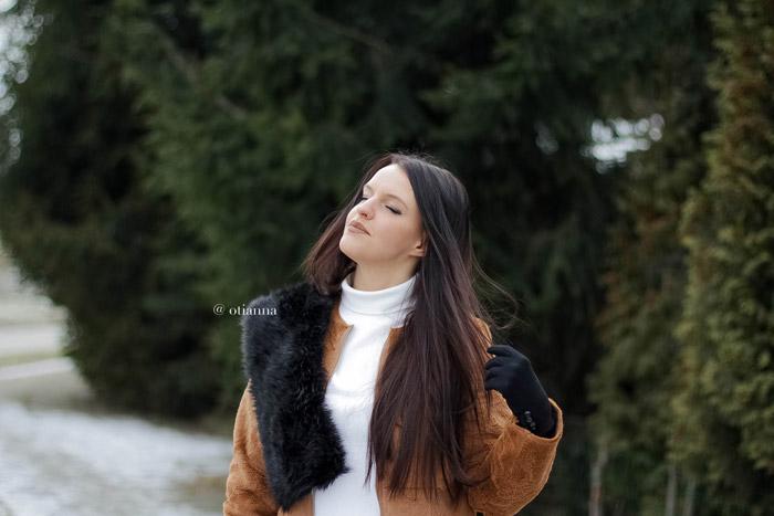700-camel-coat-karmelowy-plaszcz-brazowy-stylizacja-dodatki-otianna