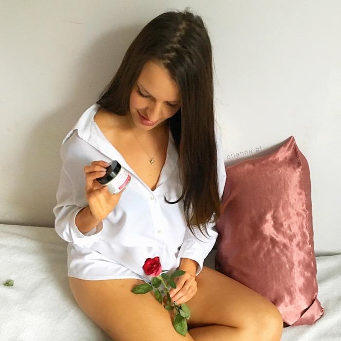 Rozświetlające serum i krem różany od IOSSI